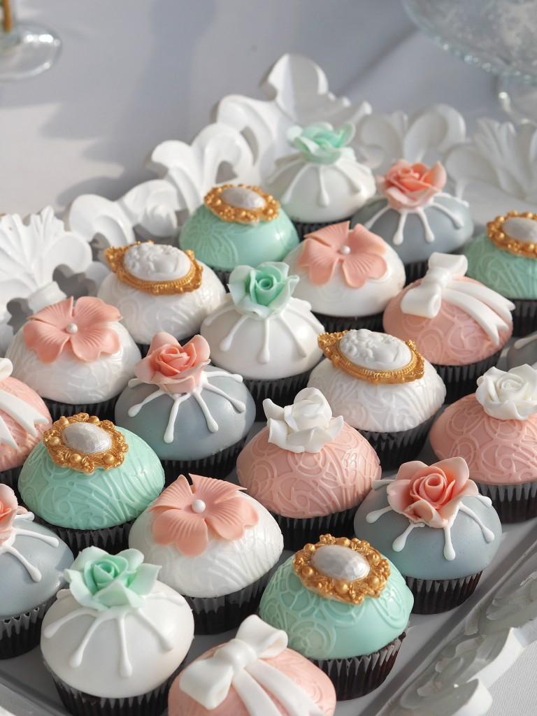 Cupcakes decorate Idyllic Events