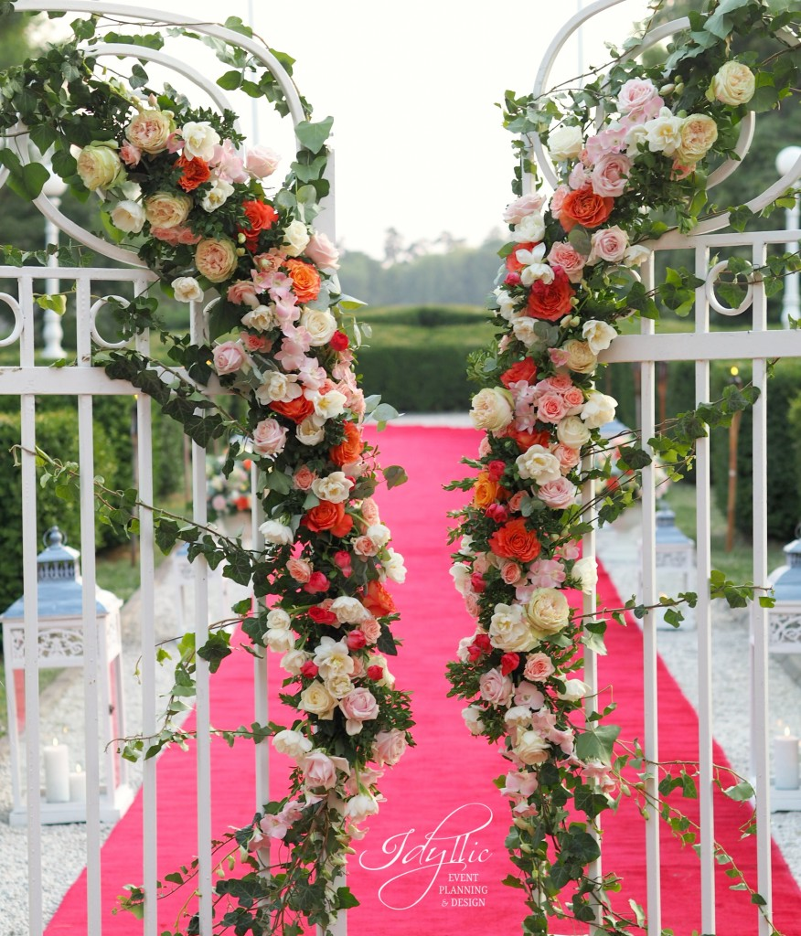 Decor floral porti Studiourile Mediapro by Idyllic Events