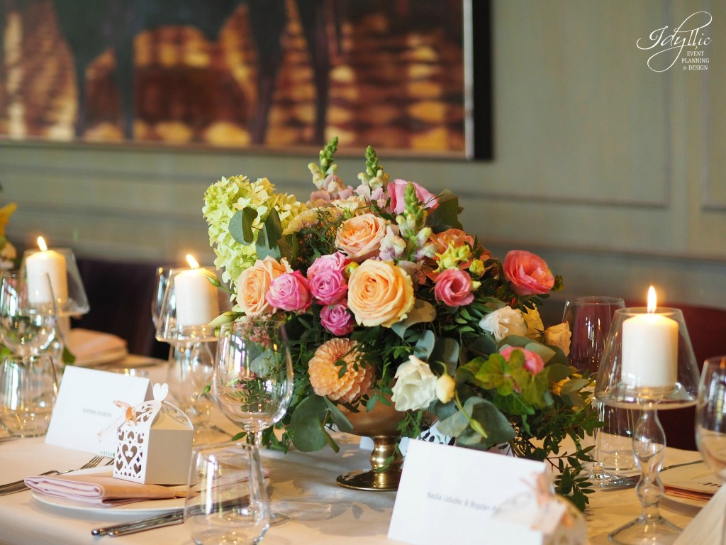 Aranjament floral idyllic la restaurant Diplomat