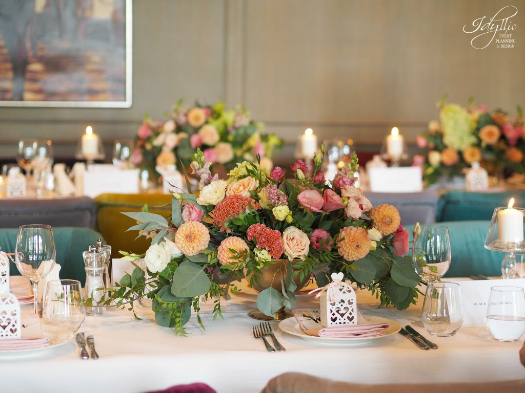 Aranjamente florale la restaurant diplomat