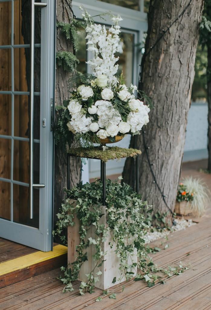 Arnjamente florale botez