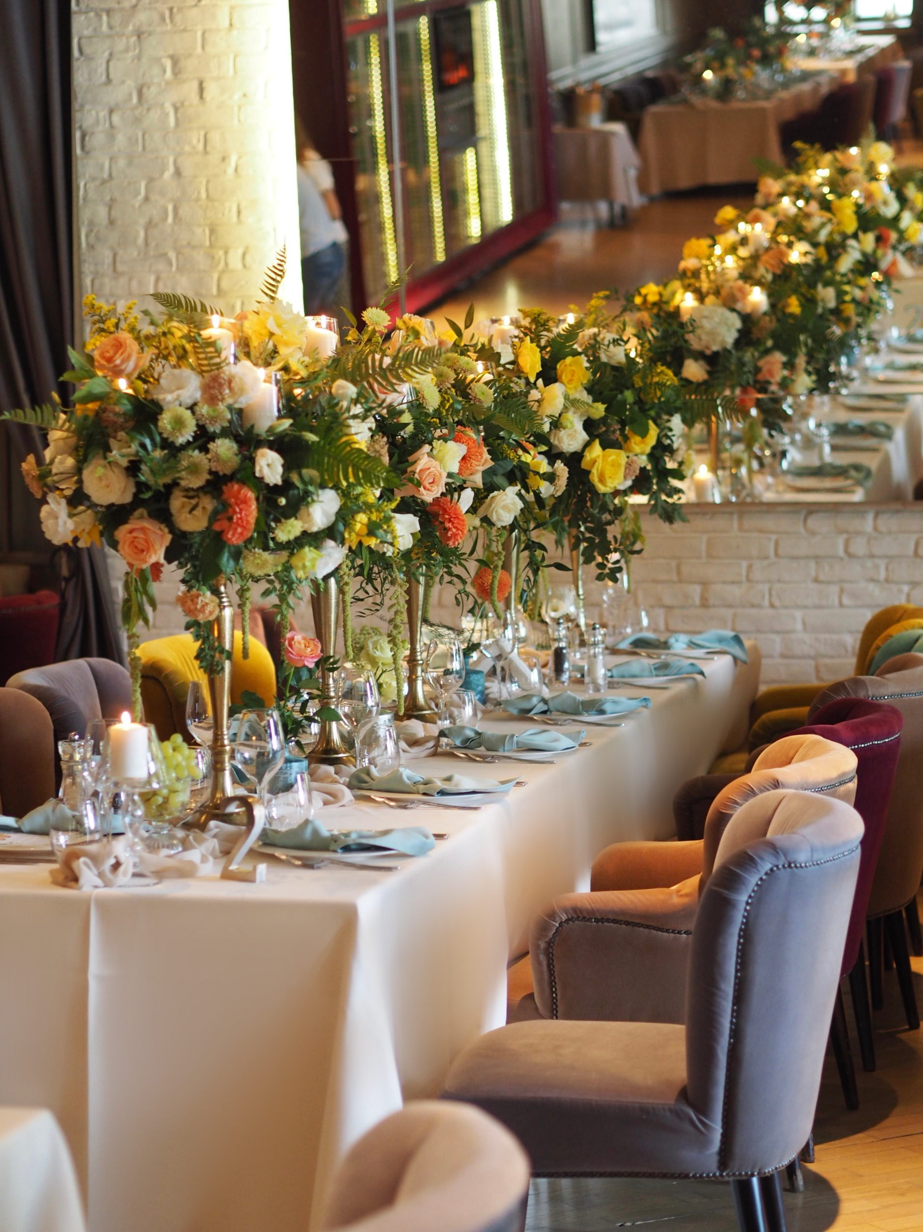 Design floral nunta restaurant Diplomat